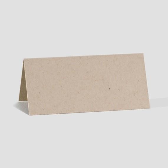 tischkarte zum geburtstag aus braunem ko karton. Black Bedroom Furniture Sets. Home Design Ideas