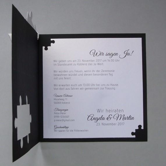 schwarze einladungskarte zur hochzeit mit puzzle und schleife, Kreative einladungen