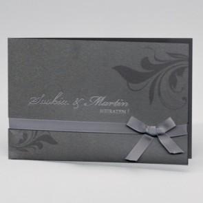 Stilvolle Einladung zur Hochzeit von feiner  Machart
