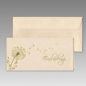 Moderne Einladungskarte Konfirmation mit Pusteblumen