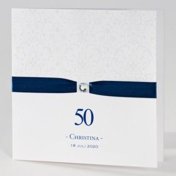 Anmutige Einladungskarte 50. Geburtstag in weiß mit blauem Band