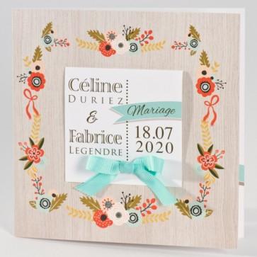 Liberty Hochzeitseinladung mit Blumen und Schleife