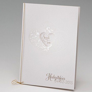 Kirchenheft zur Hochzeit mit romantischer Herzausstanzung