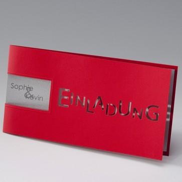Rote Einladungskarte zur Silberhochzeit mit Fensterausstanzung