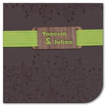 Ausgefallene Einladungskarte zur Hochzeit mit Namensausstanzung