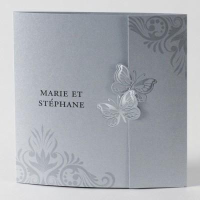Elegante Hochzeitseinladungskarte Mit Zwei Schmetterlingen