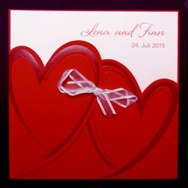 Rote Einladung Hochzeit Mit Zwei Herzen