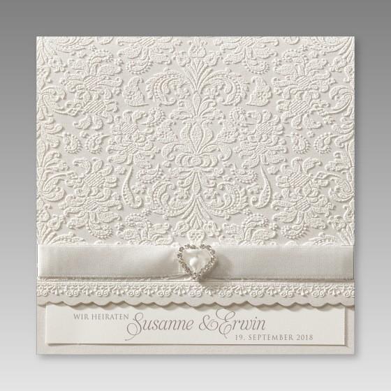 klassische einladungskarte zur hochzeit mit strass stein herz. Black Bedroom Furniture Sets. Home Design Ideas