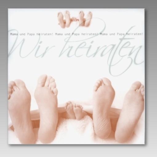 Zum Schmunzeln Einladung Zur Hochzeit Mit Fussen Im Bett