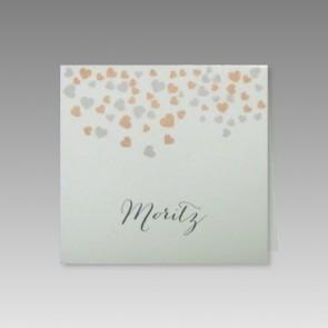 Tischkarte zur Hochzeit mit vielen Herzchen