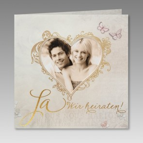 Romantische Hochzeitskarte für Foto im Herz