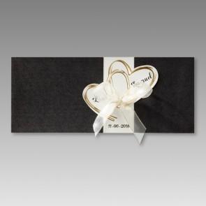 Einladungskarte zur Hochzeit mit zwei goldenen Herzen