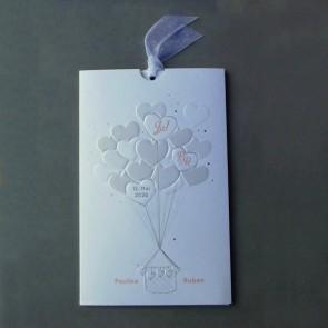 Romantische Einladungskarte Hochzeit mit Herzen