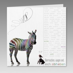 Moderne Neujahrskarte mit Zebra und Hund