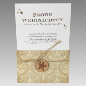 Frontansicht Weihnachtskarte mit Holzanhänger