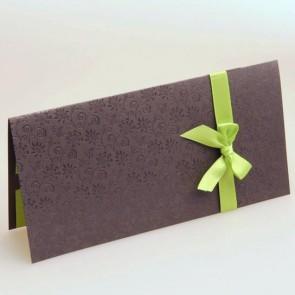 Hochzeitseinladungskarte mit grüner Schleife
