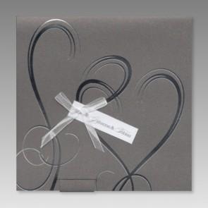 Einladungskarte zur Hochzeit mit verschlungenen Herzen - JP3024