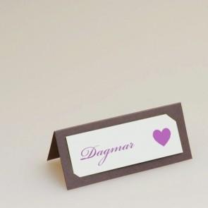 Tischkarte zur Hochzeit mit Herz, braun