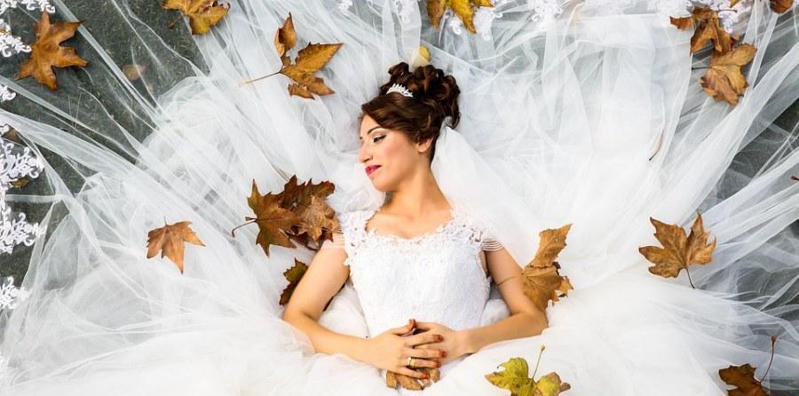 Tipp: Brautkleid leihen